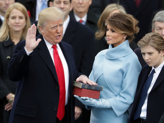 Donald Trump officially becomes 45th president