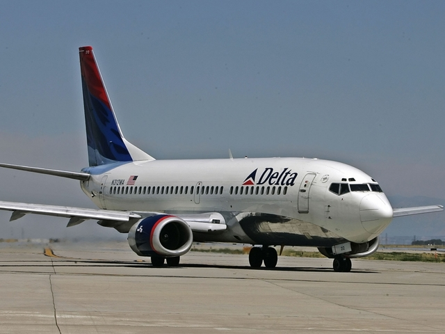 Delta Apologizes For Booting Passenger Off Flight