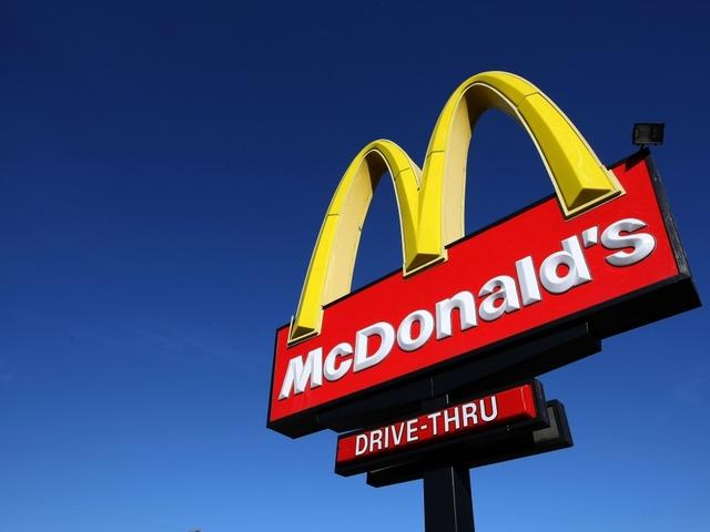 Cellphone video captures brawl at Iowa McDonald's over chicken sandwich