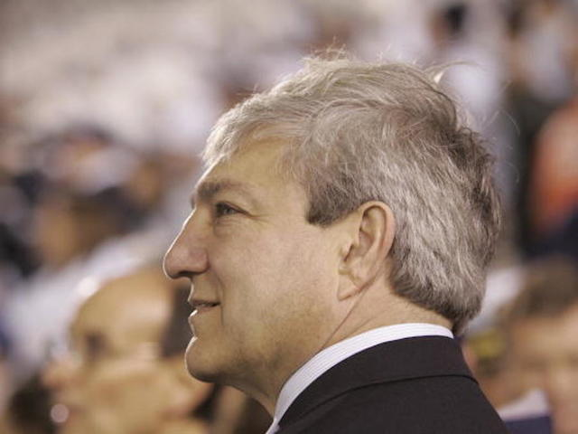 Former Penn State president is sentenced to jail in Sandusky scandal