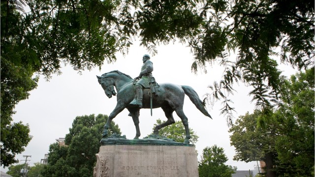 Workers remove Baltimore Confederate monuments overnight