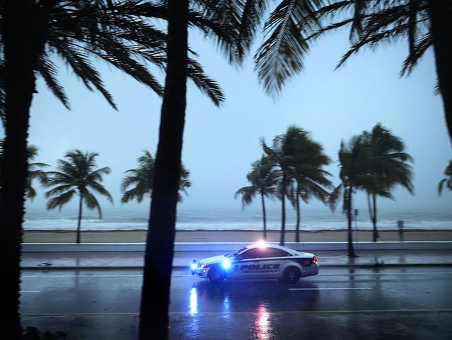Trump gets briefed on Hurricane Irma