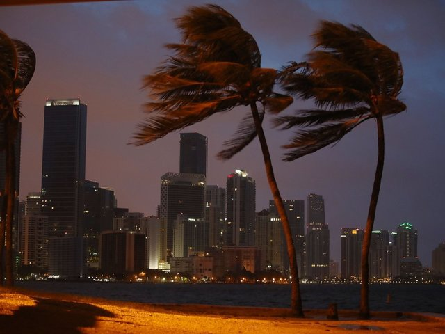 South Florida concerns shift to flooding, storm surge as Hurricane Irma nears