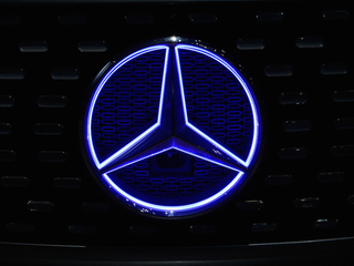 Mercedes issues recall for air bag problem