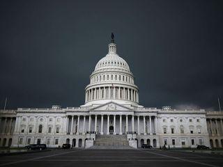 Senate can't reach deal, government shuts down