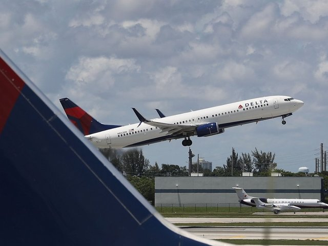 Delta changing requirements for service, support animals on flights