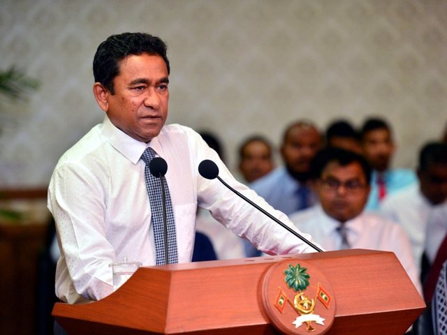 Nasheed seeks India military aid to quell Maldives crisis