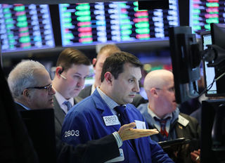 Turbulence eases on Wall Street
