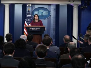 Sanders takes questions about Florida, Russia