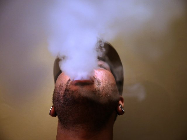 Health Groups Sue FDA for Delayed E-Cig Regulation