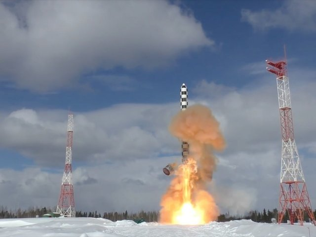 Russian 'Satan 2' Missile Test Footage Released by Putin