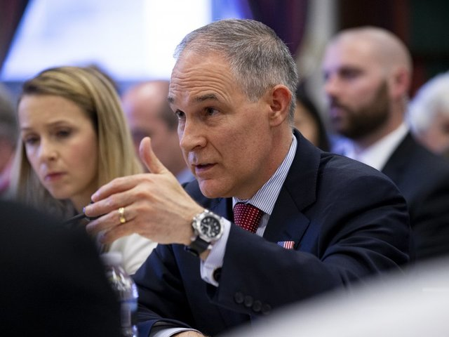 Pruitt fears White House undermining him ahead of hearings