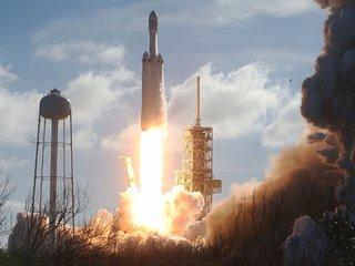 New Trump directive to loosen space regulations