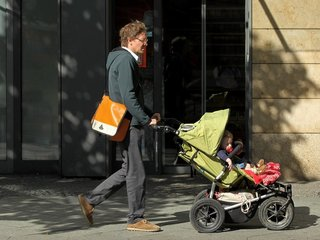 Single dads are at risk for poorer health