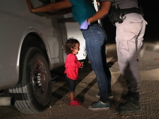 Cruz announces bill targeting family separations