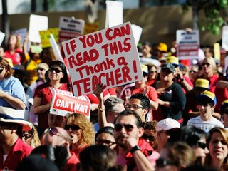 Report: 1 in 5 full-time teachers has a 2nd job