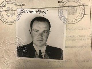 Nazi deported to Germany