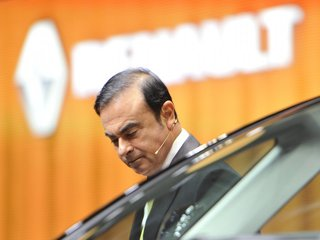 Renault board to oust Carlos Ghosn